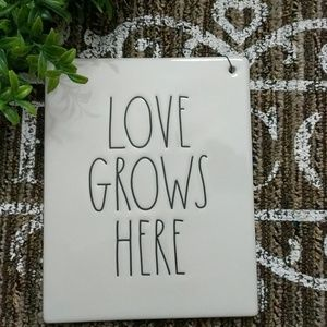 Rae Dunn Wall Hanging Sign Love Grows Here